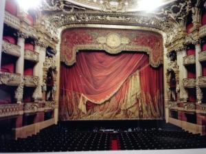 Candida Höfer - Palais Garnier